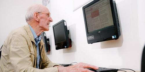 Elderly man at a KCOM Get Online session